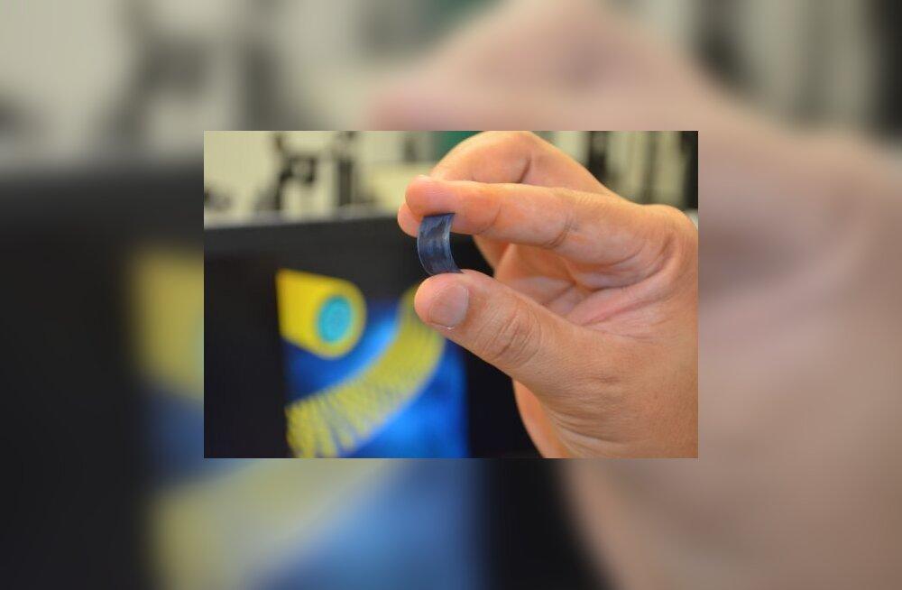 Selline näeb välja superkondensaator, mis võiks telefoni laadida viie sekundiga