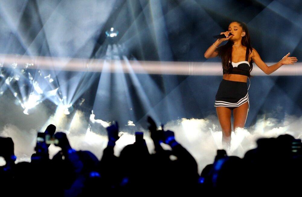 KUULA | Tuntud lauljatar Ariana Grande avaldas esimese singli pärast Manchesteri terrorirünnakut