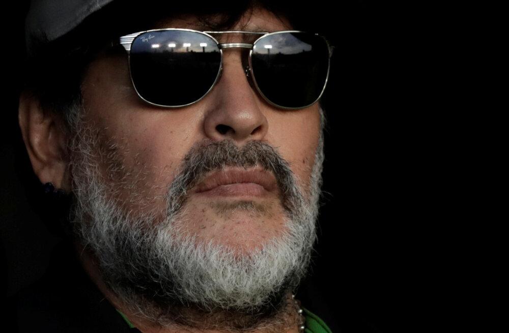 Diego Maradona kavatseb neli päeva järjest magada, et unetusest lahti saada