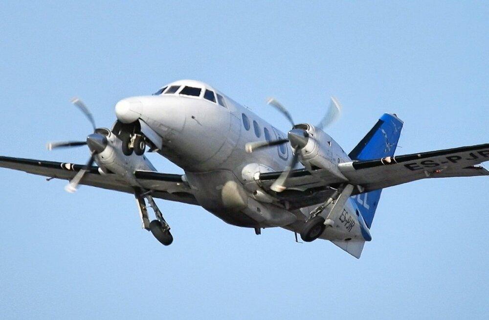 Saarte lennuliine praegu teenindav 19-kohaline lennuk