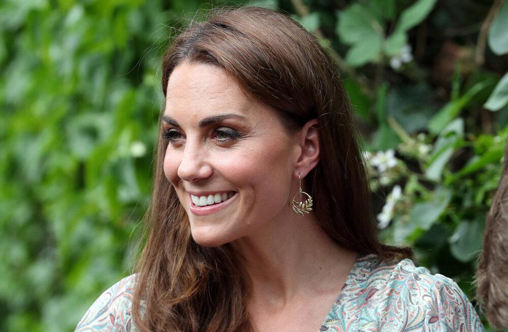 Jõudu ja jaksu! Kuninganna andis Kate Middletonile üle ühe olulise rolli