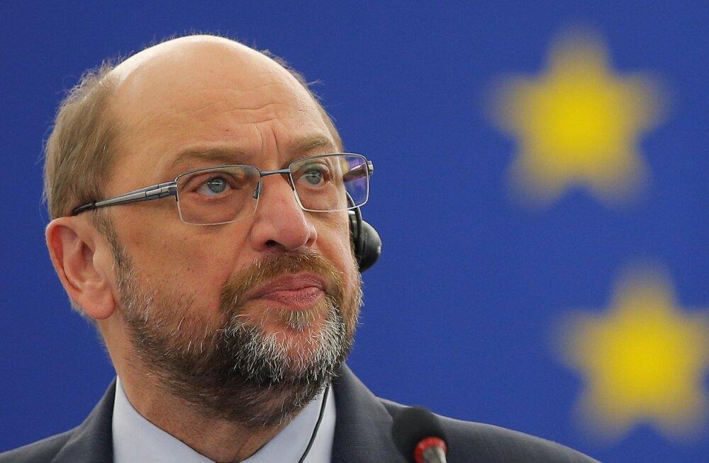 Europarlamendi presidendist Schulzist võib saada kas Saksamaa kantslerikandidaat või välisminister