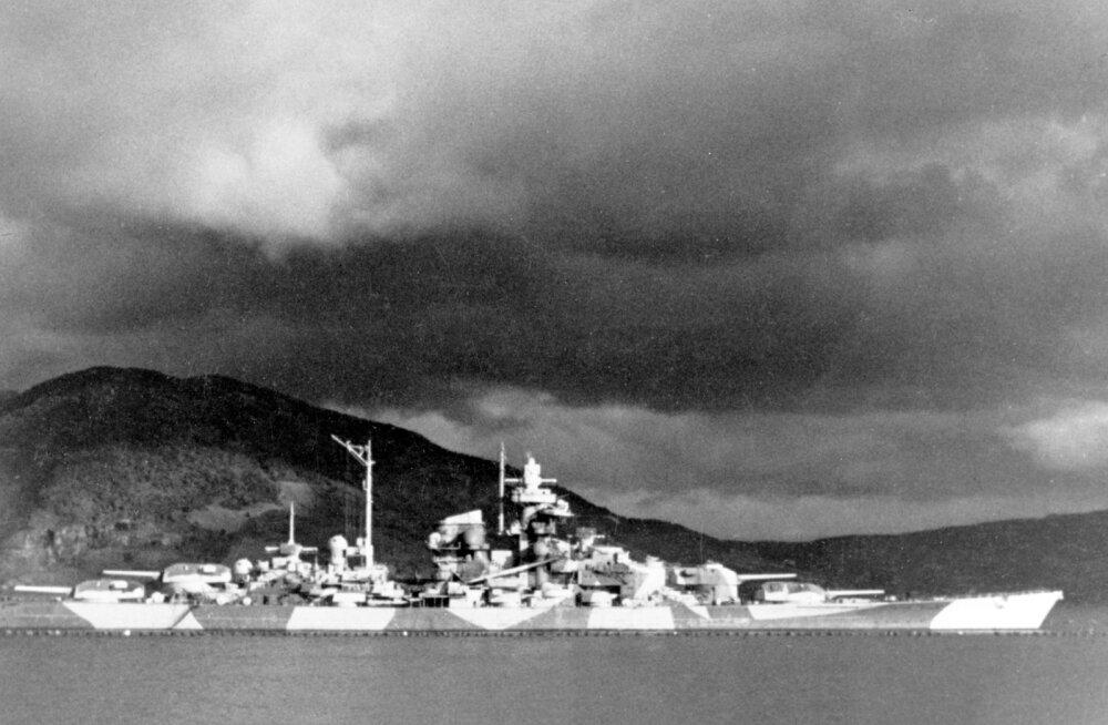 """Natsi-Saksamaa võimsaima sõjalaeva """"pärand"""" leidub siiani Põhja-Norra mändides"""