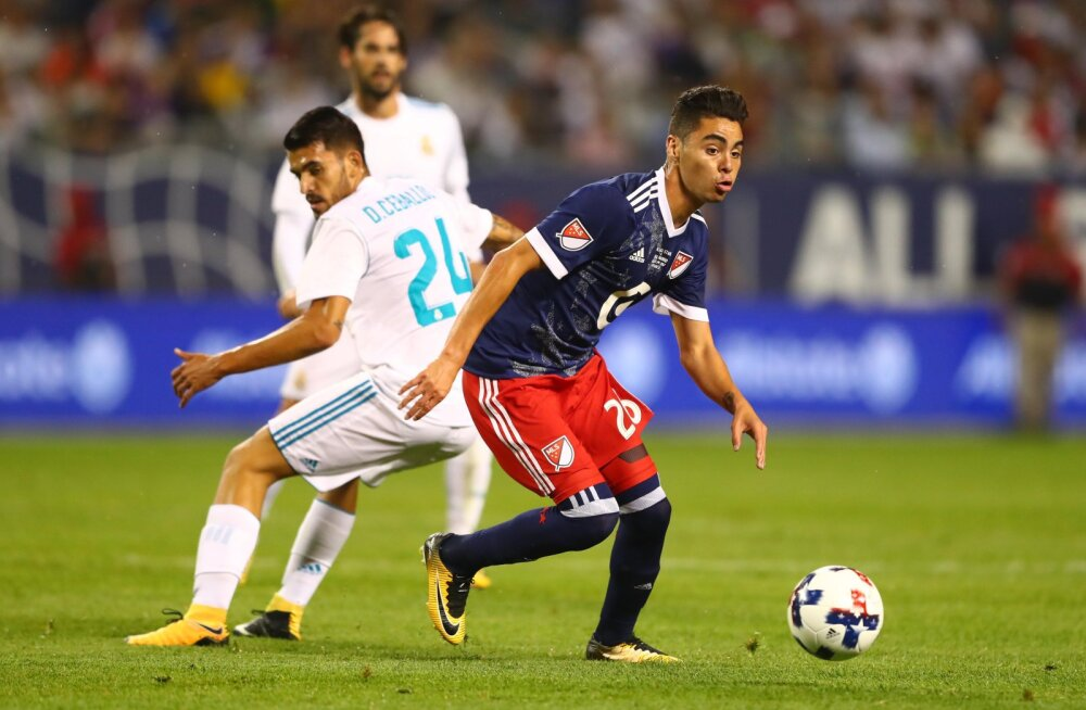 Newcastle United soetas rekordilise summa eest Paraguay koondise poolkaitsja