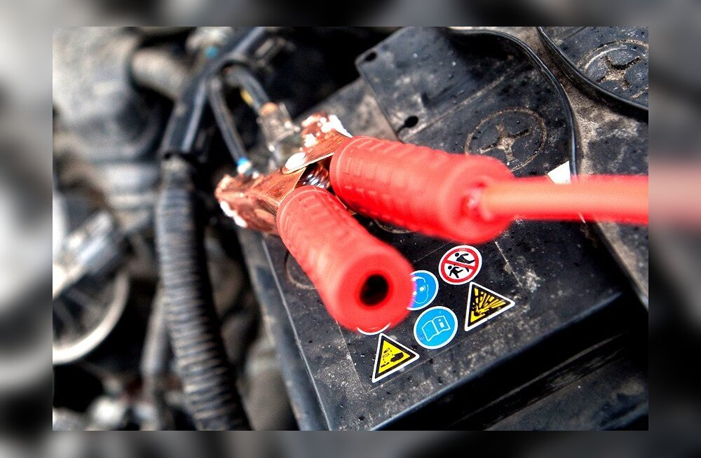 7fc9a6ea34f Autoabi külmakraadide puhul – kuidas aidata tühjenenud akut Aku laadimine.