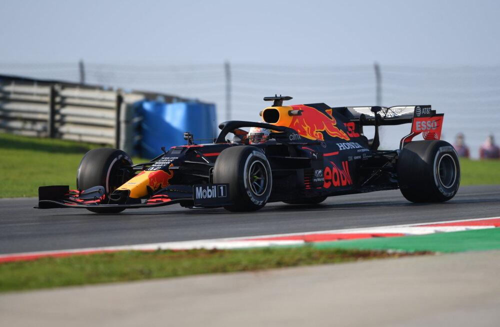 Red Bull võttis Türgi GP esimeselt vabatreeningult kaksikvõidu