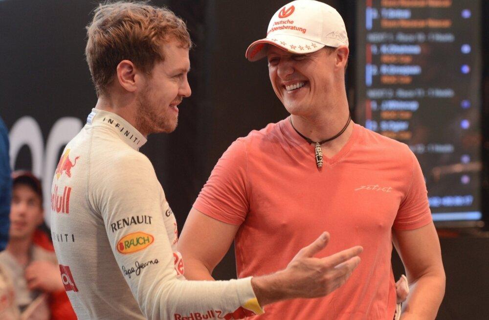 Sebastian Vettel (vasakul) ja Michael Schumacher.