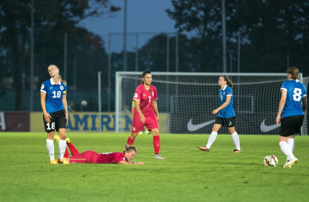 FOTOD: Naisjalgpallurid alustasid EM-valiktsüklit valusa kaotusega Serbiale