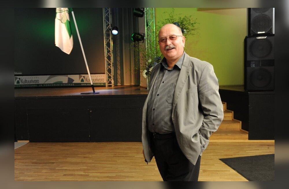 """AINULT DELFIS: Katkend Kalle Klandorfi poolelulisest raamatust """"Palgasõdur"""". Mees mitme minevikuga, I osa"""
