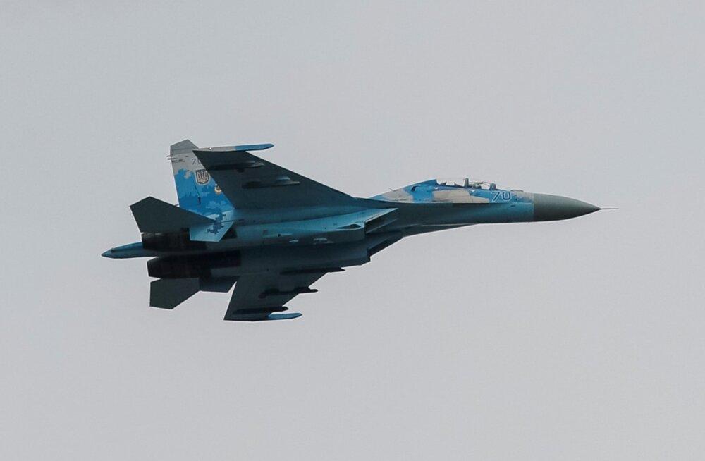 Õppustel kukkus alla Ukraina hävitaja Su-27, milles hukkusid Ukraina ja USA piloot