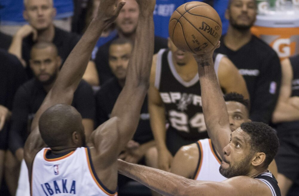 "NBA TOP 5: Thunder peatas Spursi <em>comebacki</em> - ""kulp"" Duncanile ja pealtpanek Durantilt"