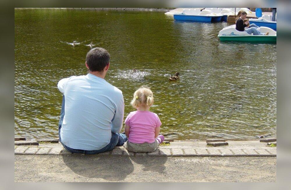 Isa pihtimus: naine helistas - tule lapsele välismaale järele, ma ei taha teda enam!