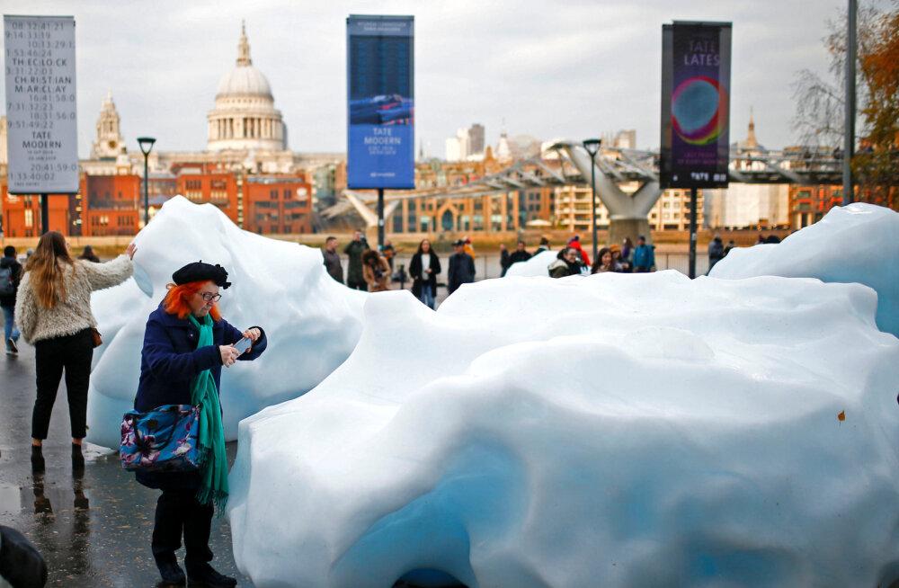 Откуда в центре Лондона взялись айсберги?
