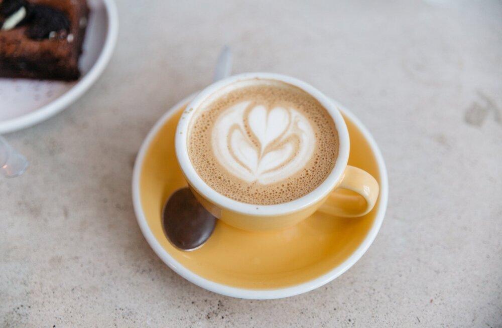 Oled väsimuse tõttu hakanud rohkem kohvi jooma? Aga mitu tassi on üldse mõistlik ja tervislik päevas tarbida?