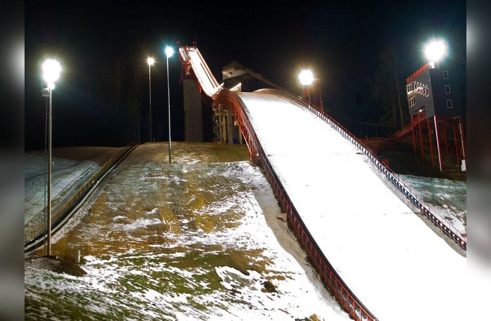 Naissuusahüppaja sai Lillehammeris jagu Bredeseni rekordist