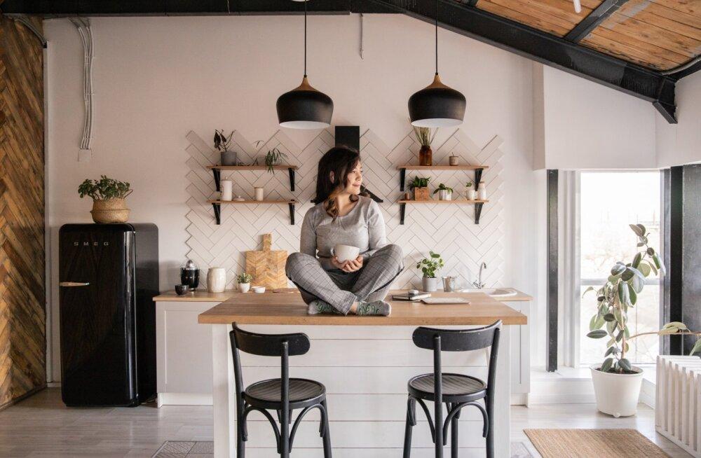 """""""Дома были только вода, вино и кофе"""". Женщины о том, как отказались от готовки — и счастливы"""