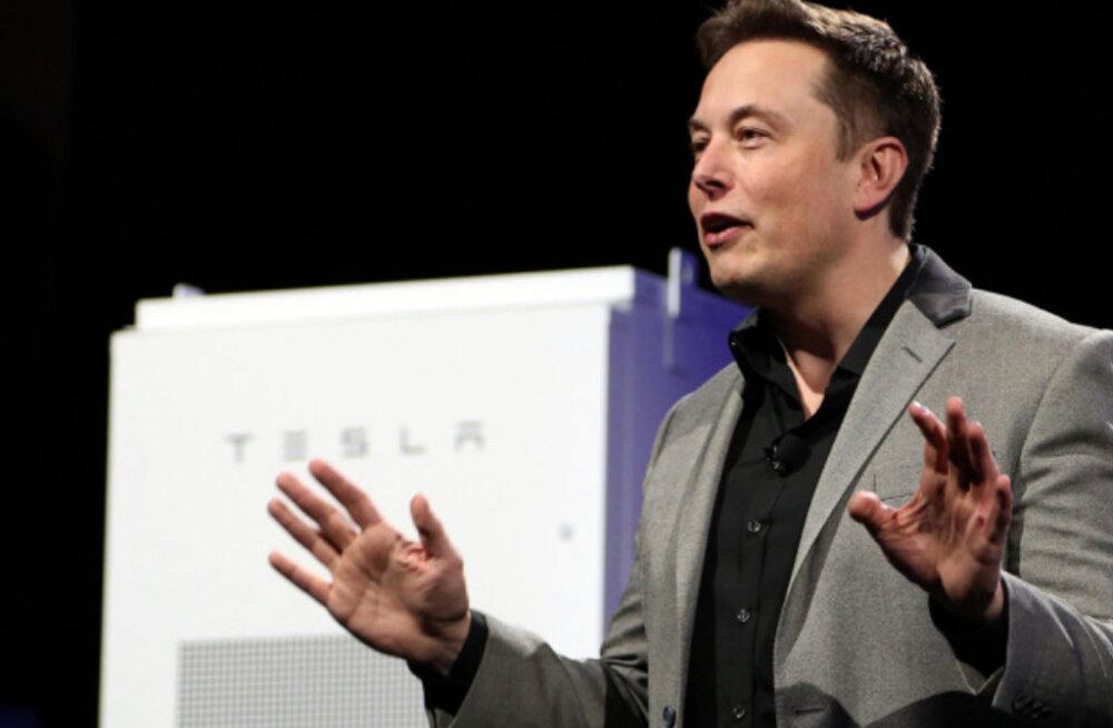 Elon Musk: Bitcoinil on imehea struktuur, paberraha on maailmast kadumas