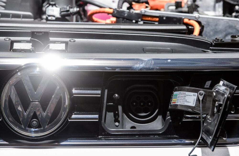 Sisepõlemismootorite lõpp? Volkswagen rajab sadu tuhandeid elektriautosid vorpivad tehased