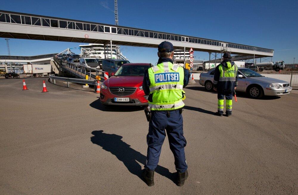 Politsei- ja Piirivalveamet -  kontroll sadamas