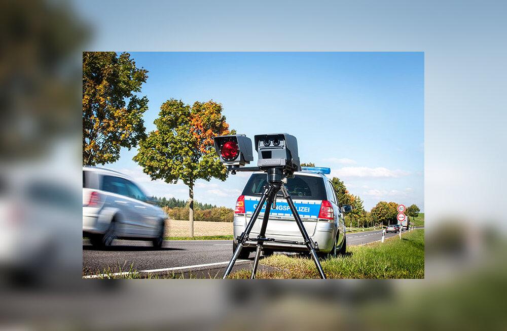 FOTO | Liiklushuligaanid, midagi teile! Uuel aastal hakatakse kiirust mõõtma mobiilsete kiiruskaameratega