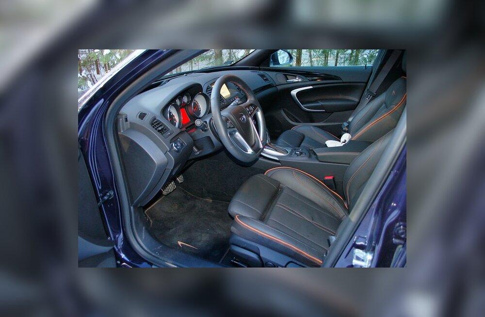Opel Insignia 2,0 Turbo 4x4 AT: võimas ja mugav, aga janune