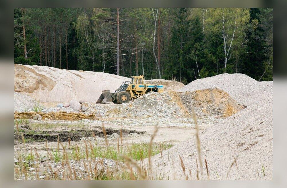 Kogukonnad: Eesti maavarapoliitika lubab kaevanduse igale õuele