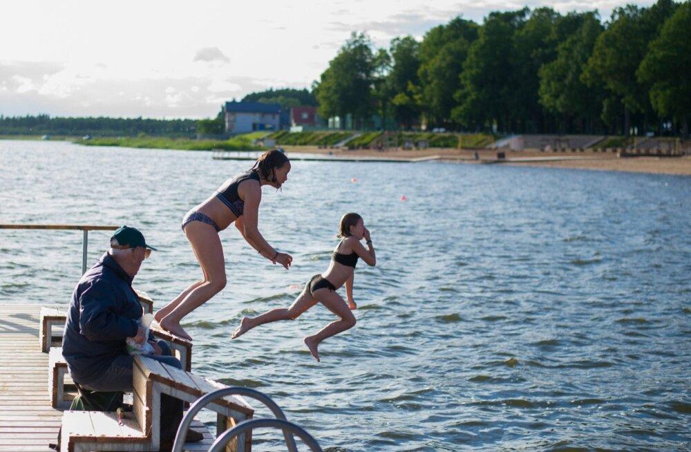 Tamula järv on nii ujujate kui ka kalastajate paradiis.