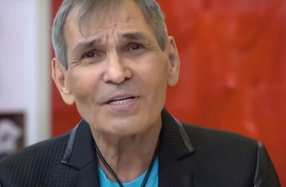 Бари Алибасов по-прежнему находится в психиатрической больнице на лечении
