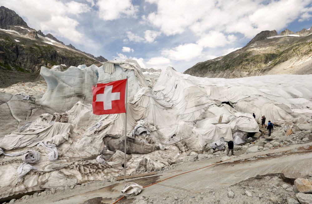 Šveitsi suusakuurort teenib suvel talvest rohkem raha