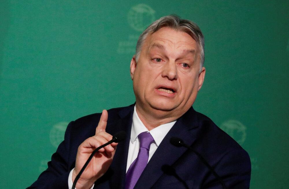 Euroopa Komisjon teatas, et jälgib igapäevaselt tähtajatute erivolitustega Ungari valitsuse tegevust
