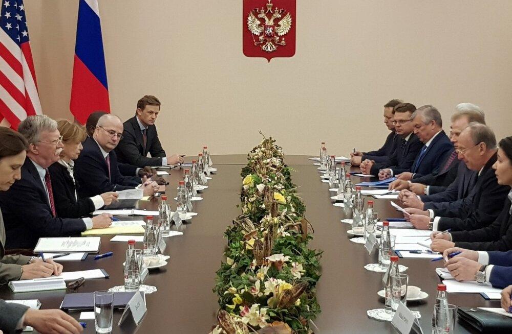 USA riikliku julgeoleku nõunik John Bolton peab Moskvas läbirääkimisi tuumarelvakokkuleppe üle