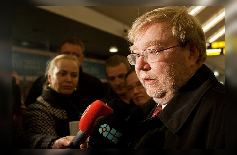 DELFI VIDEO: Laari sõnul puudub ministrite umbusaldajatel erakonnas toetus
