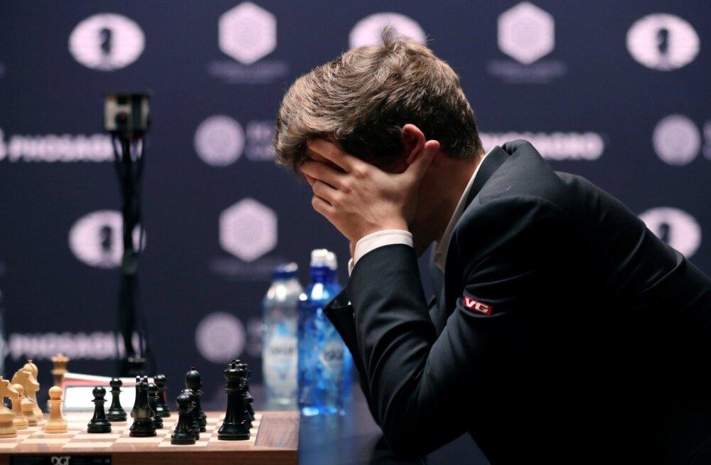Google`i tehisintellekt õppis malemängu nelja tunniga nullist alistamatu tasemeni selgeks