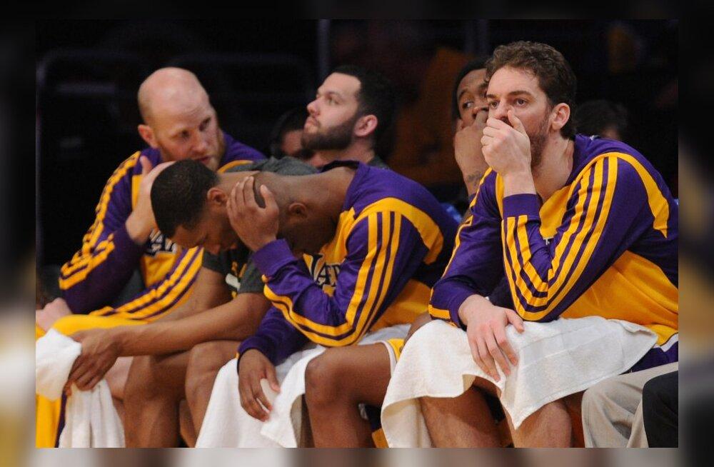 Lakersi löödud mehed