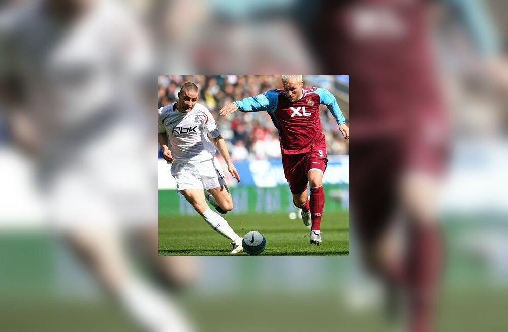 Boltoni mängija Gary Cahill ja West Ham Unitedi Dean Ashton
