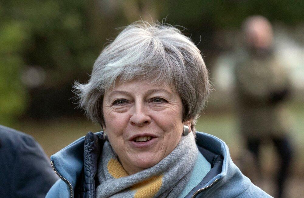 BLOGI | Theresa May ei kaalu uut referendumit ega välista leppeta lahkumist
