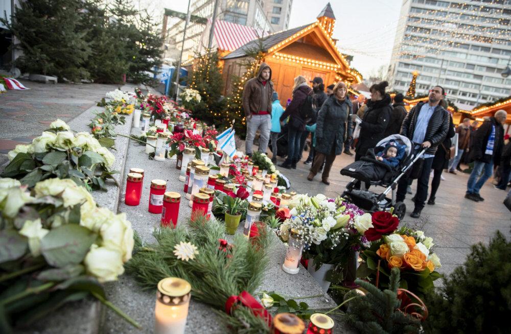 В Берлине полиция эвакуировала рождественский рынок