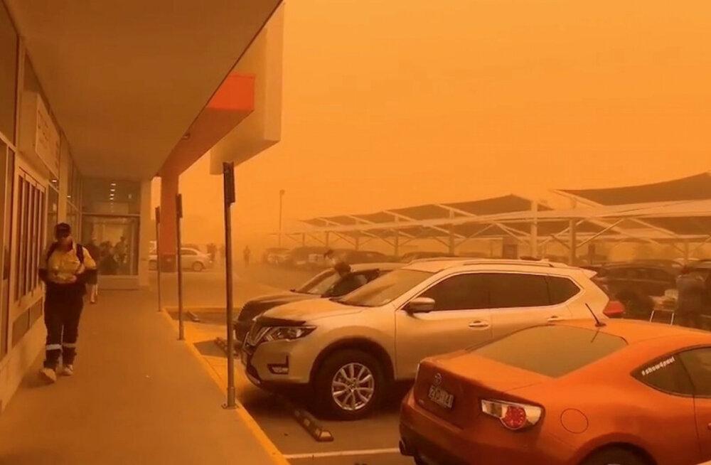 ФОТО и ВИДЕО: Австралийский город погрузился в оранжевую мглу