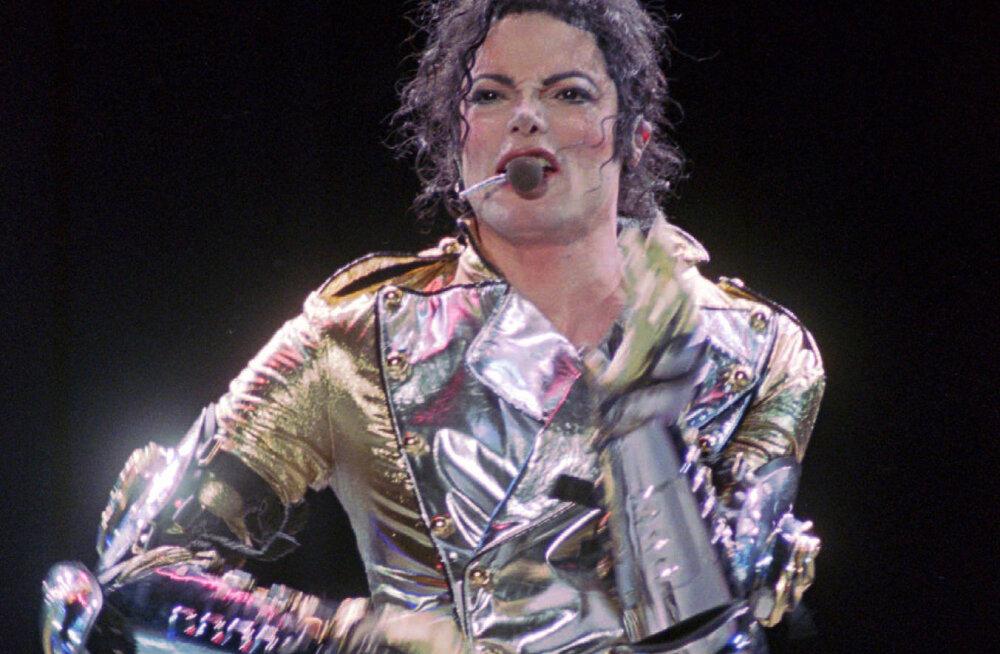 Michael Jacksoni ihukaitsja selgitab: popstaari surmas olid osaliselt süüdi lapsepilastamise süüdistused