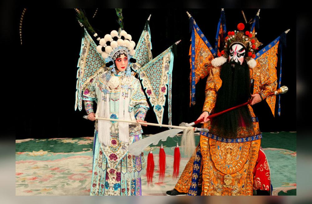 Täna algav ida muusika festival Orient pakub kirevaid kultuurielamusi Pekingi ooperist kuni kurgulaulu ja šamaanirituaalini