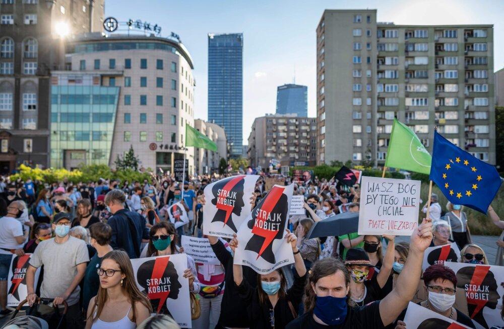 Poola vaagib perevägivalla ennetamise konventsioonist lahkumist, nähes seda ideoloogilisena