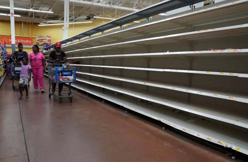 Orkaan Irma lähenemise tõttu osteti Florida poeletid tühjaks.