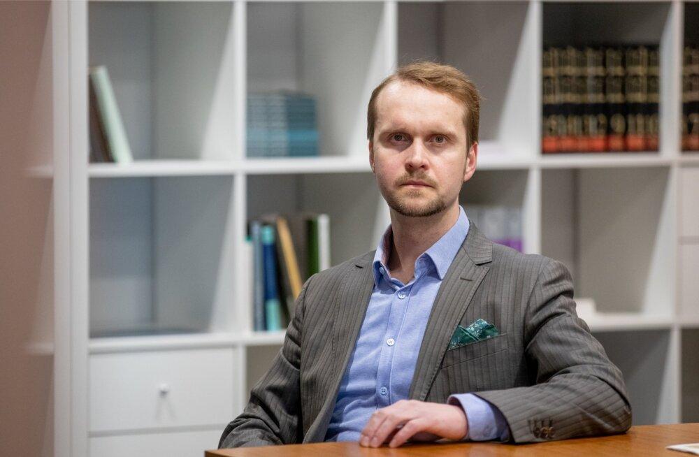 Vandeadvokaat Denis Piskunov on kindel, et Monethera väide tegevuse ajutisest peatamisest on vale. Tegelikult kadusid selle taga olevad isikud jäädavalt.