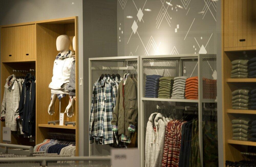 H&M avatav pood. Rocca al Mare Kaubanduskeskus
