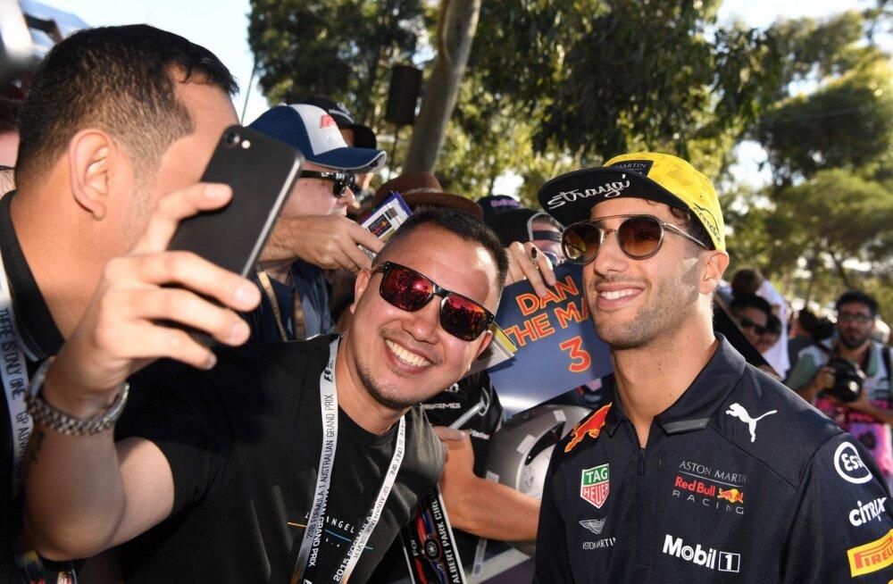 Daniel Ricciardo fännidega
