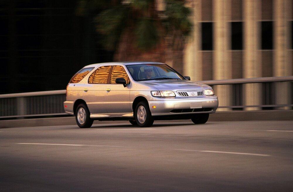 Põnev autoajalugu: Nissan Altra elektriline mahtuniversaal oli omast ajast ees