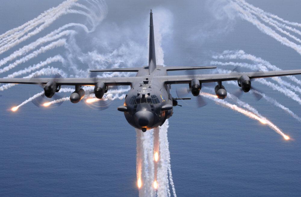 Ajakirja Sõdur ülevaade: lendav haubits ehk Lockheed AC-130