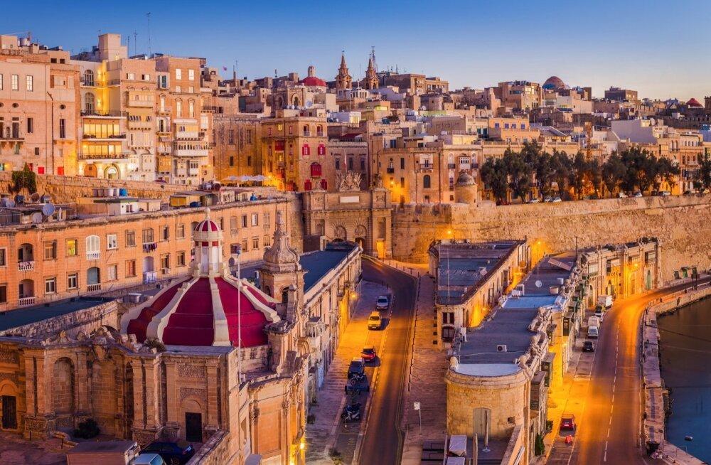 Malta pealinn Valletta on oma müüride ja traditsiooniliste majadega päikesetõusu ootuses – siis algab sagin, tänavad täituvad inimestega ja turistid unustavad end korraks hoopis teistsugusesse maailma.