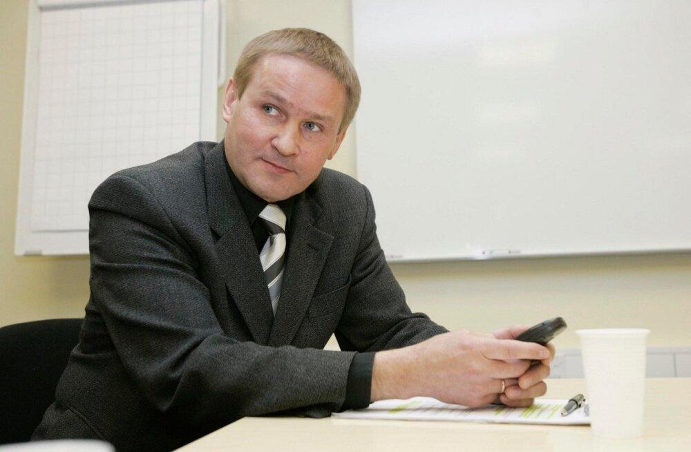 Jaak Aab veebruaris valitsuse tegevusest: tuleks tahtmine võtta kätte Kalašnikovi automaat