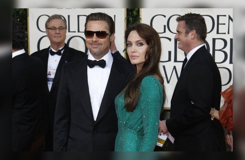 Brad Pitt ei paljasta siiani, kas ta abiellus Jolie'ga jõulude ajal või mitte!